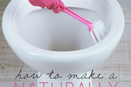How To Make A Naturally Disinfecting Toilet Bowl Cleaner | Growing Up Herbal | A simple DIY toilet bowl cleaner that will naturally disinfect nasty toilet bowls.