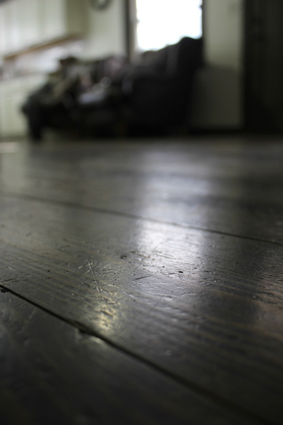 How To Clean Wood Floors With This Diy Orange Vinegar Floor