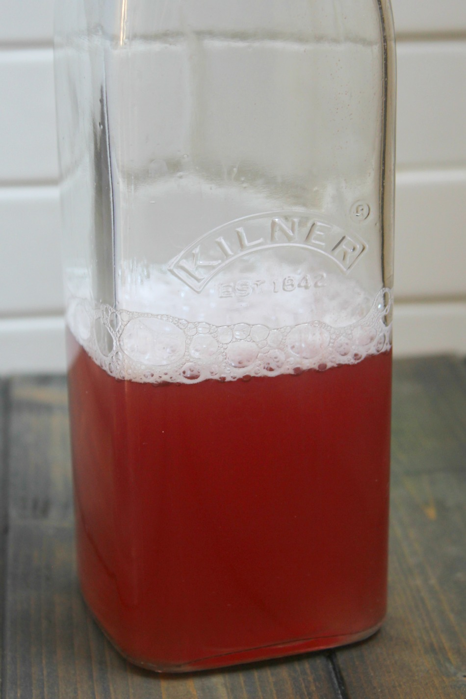 How To Make A Flavorful & Fizzy Batch of Probiotic Water Kefir   Growing Up Herbal   This water kefir recipe is sure to turn out with a delightful flavor and fizz that will make your tounge and tummy happy in more ways than one!