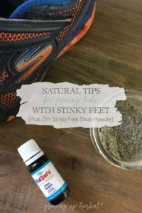 Natural Tips For Growing Kids With Stinky Feet (Plus, DIY Stinky Feet Shoe Powder) | Growing Up Herbal | Growing kids often equals stinky feet. Here are some tips to teach your kids good foot hygiene as well as some natural DIYs to cut down on that stinky feet smell.