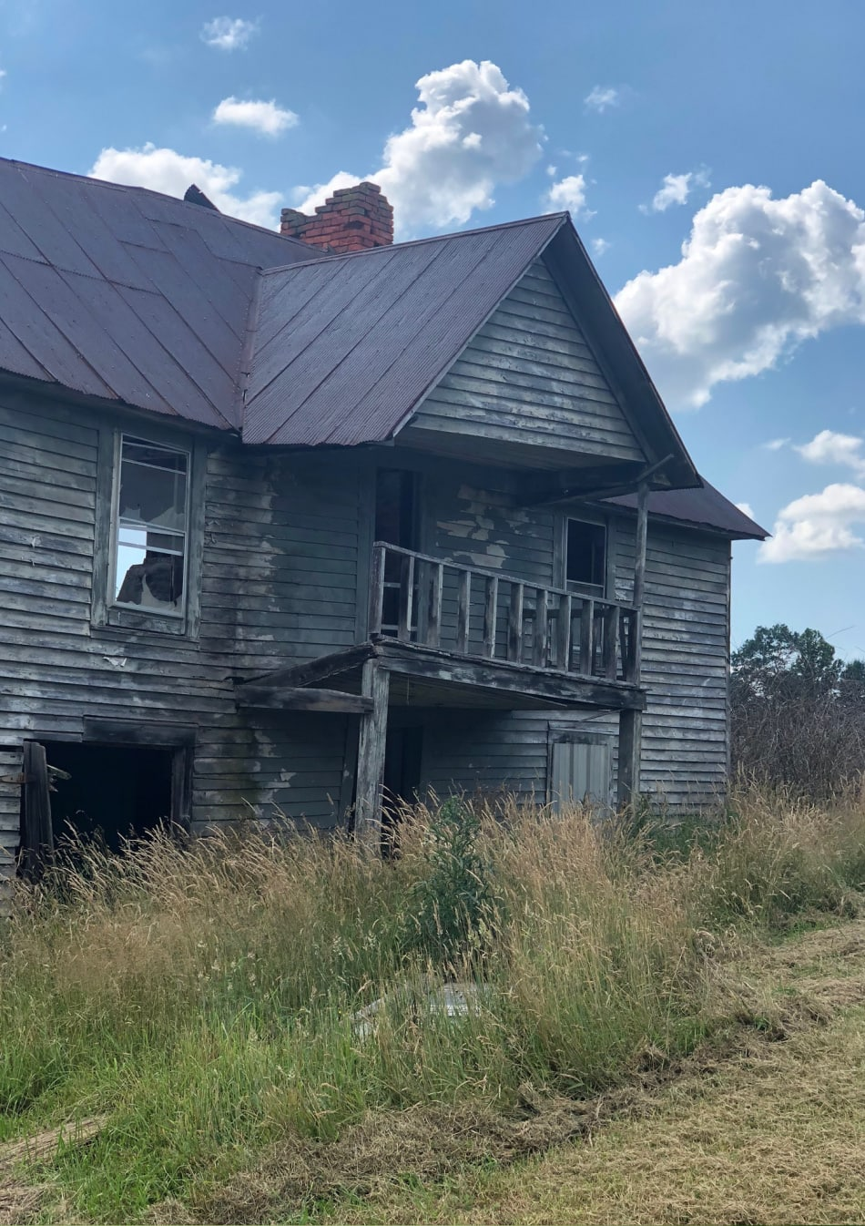 old abandoned house in the country